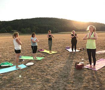 Programm-Yoga-und-Pferd-Erholungstag-500-350